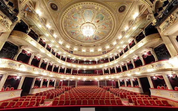 Львовский оперный театра