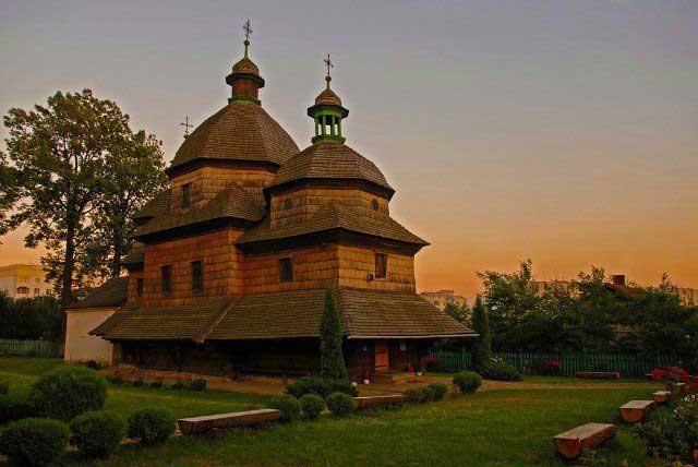 Церковь Святой Троицы, Жовква